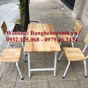 bàn mầm non bằng gỗ, Bàn mầm non mặt gỗ chân sắt, bàn mẫu giáo bằng gỗ, mẫu bàn mầm non đẹp
